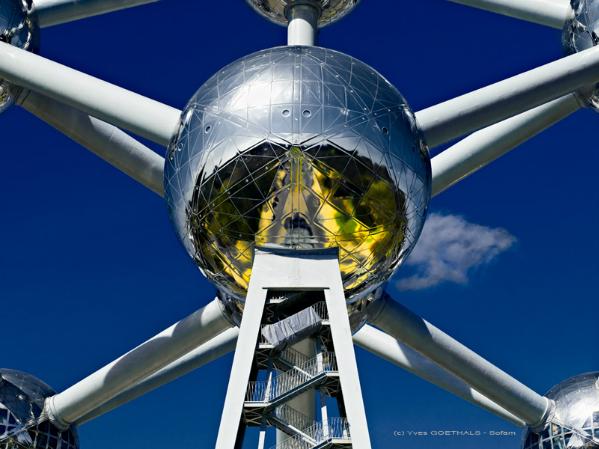 l'Atomium et son sparadra....Hasselblad,  PhaseOne P21+, filtre polarisant
